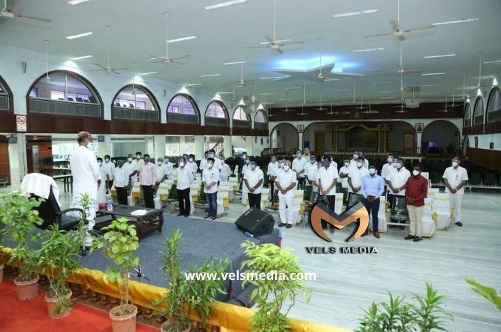 ஜனவரியில் புதிய கட்சி தொடங்குவது உறுதி! திராவிடக் கட்சிகளுடன் கூட்டணி இல்லை! குரு பாபாஜி அவதார தினத்தில் ரஜினிகாந்த் முடிவு!